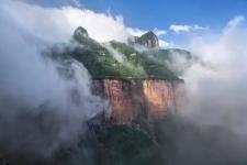 新乡南太行 | 炎炎夏日,这些难得一见的瀑布美景你见过吗?