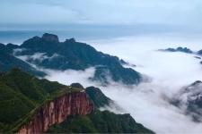 新乡南太行 雨中漫步太行山,领略另一种别致的美!