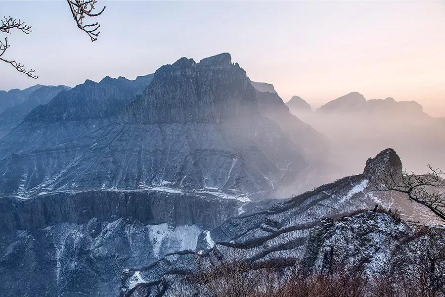 2020年第一场雪,新乡南太行带你走进冰雪奇缘....