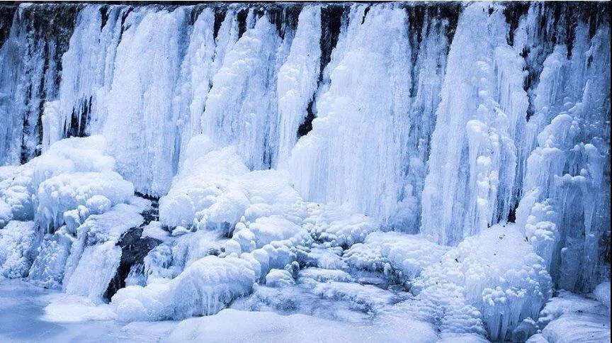 飞雪的季节,来新乡南太行寻找岁寒中的那一抹清欢!