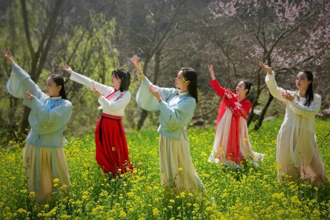 新乡南太行|春色潋滟,陶醉于你,唯有春色与美不可负!