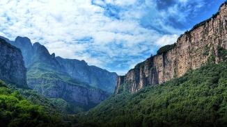 新乡南太行——回龙·天界山壮观云海