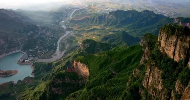 喜讯!关山国家地质公园成功入选新乡市中小学生研学实践教育基地!